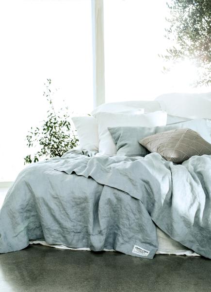 lovely linen hochwertige leinen bettw sche tischdecken. Black Bedroom Furniture Sets. Home Design Ideas