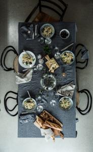 Tischdecken von Lovely Linen