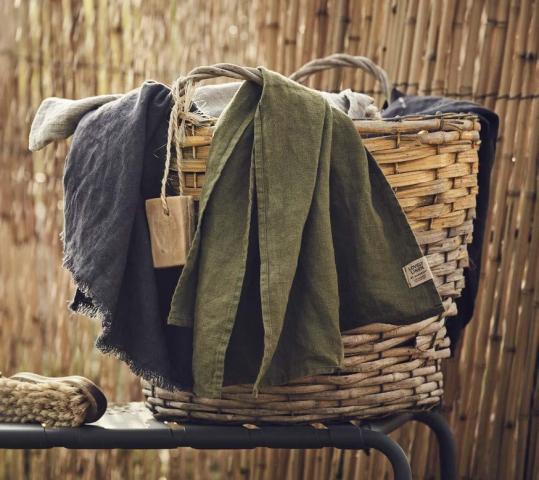 Sauna und SPA Badetuch mt Fransen von Lovely Linen