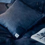 Bettwäsche und Kissen Misty Night von Lovely Linen
